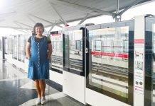 peekholidays-LRT-Stasiun-Boulevard-Utara-tracy-train-platform(f)
